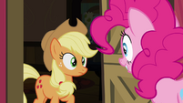 Pinkie Pie at Applejack's doorstep S4E09