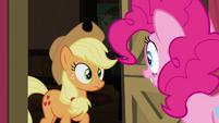 Pinkie Pie at Applejack's doorstep S4E09
