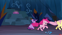 Pinkie Pie charging into battle S9E2