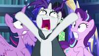 Rarity pops up between Twilight and Starlight S7E19