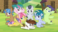 Rumble and camper foals finish the song S7E21