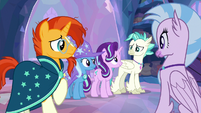 Starlight and friends look at each other S9E11