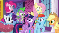 "Twilight Sparkle ""new plan, everypony!"" S9E13"