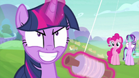 Twilight Sparkle committing kite torture MLPS4