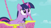 Twilight happy S2E02