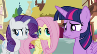 Twilight hesitant to explain why S4E18