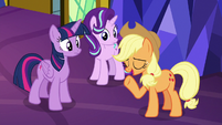 "Applejack ""ain't gonna be an issue"" S8E2"