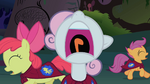 CMC screaming in fear S01E17