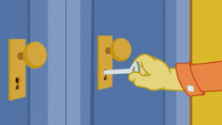 Discord locks the door S5E7