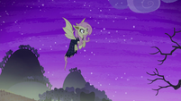 Flutterbat hovering in the air S5E21
