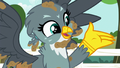 "Gabby ""excited to show my lovely new cutie mark"" S6E19.png"