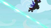 Pharynx swooping over Starlight's magic beams S7E17