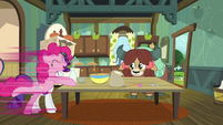 Pinkie fetches milk at super-speed S9E7
