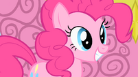 Pinkie walks on clouds for the first time S1E16