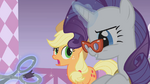 Rarity using scissors S01E14