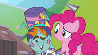 Snips winking at Pinkie Pie S9E15