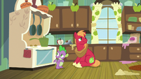 Spike and Big Mac waiting for Discord S8E10