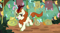 Autumn Blaze sings among the butterflies S8E23