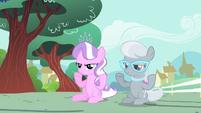 Diamond Tiara and Silver Spoon slow clap S4E05