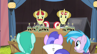 "Flam ""The next show starts in five minutes!"" S4E20"