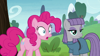 Pinkie Pie surprised to see Mudbriar S8E3