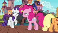 Rarity, Pinkie, and AJ leaving Seaward Shoals again S6E22