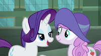 Rarity lets Manehattan mare keep the hat S5E16