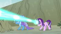Starlight blasts the maulwurf with magic S7E17
