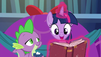 Twilight --Snowfall was all set to cast her spell-- S06E08