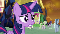 Twilight Sparkle hears Rarity's voice S9E2