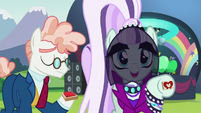 Countess Coloratura --Hoofsies!-- S5E24