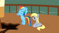 Derpy Hooves Sitting 3 S2E14