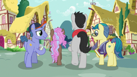 Fillydelphia collector ponies walking away S7E14