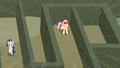 Fluttershy scream Rarity horn error S2E1.png