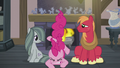 Pinkie falls between Big Mac and Marble S5E20.png
