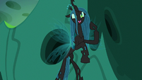 Queen Chrysalis --return it here to me-- S6E26