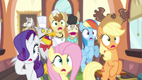 Rarity & group gasp S2E24