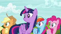 Twilight and friends looking back to princesses S4E26
