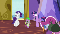 Twilight greeting Spike as he enters S9E19
