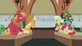 Apple family returning to Ponyville S5E20.png