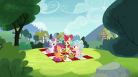 Cutie Mark Crusaders and Cozy Glow have a picnic S8E12