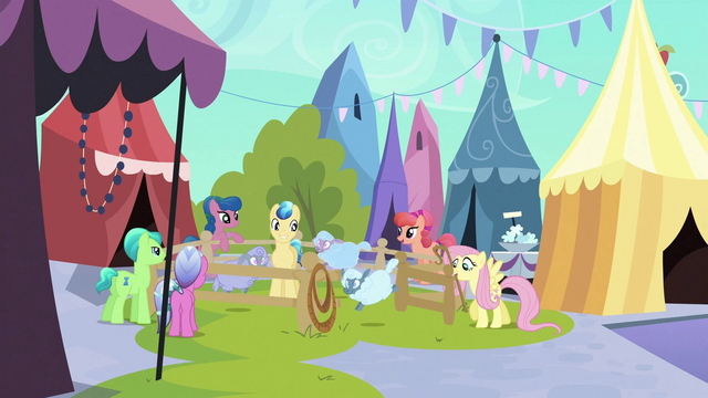 File:Fluttershy about to close pen S3E2.png