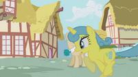 Lemon Hearts running S1E4