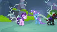 Pharynx walks away from Starlight and Trixie S7E17