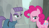 Pinkie Pie apologizing to Maud S7E4