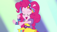 Pinkie Pie dancing to Dance Magic EGS1