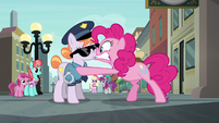 Pinkie Pie panicking in the officer's face S6E3