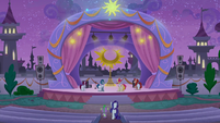 Rarity and Spike enter unicorn troupe area S9E17