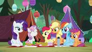 S07E16 Siostry zaczynają piknik