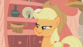 Applejack noming S01E08.png